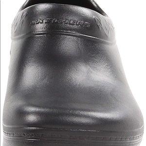 39b22eec986 Skechers Shoes - Skechers Clara Work Slip resistant size 10